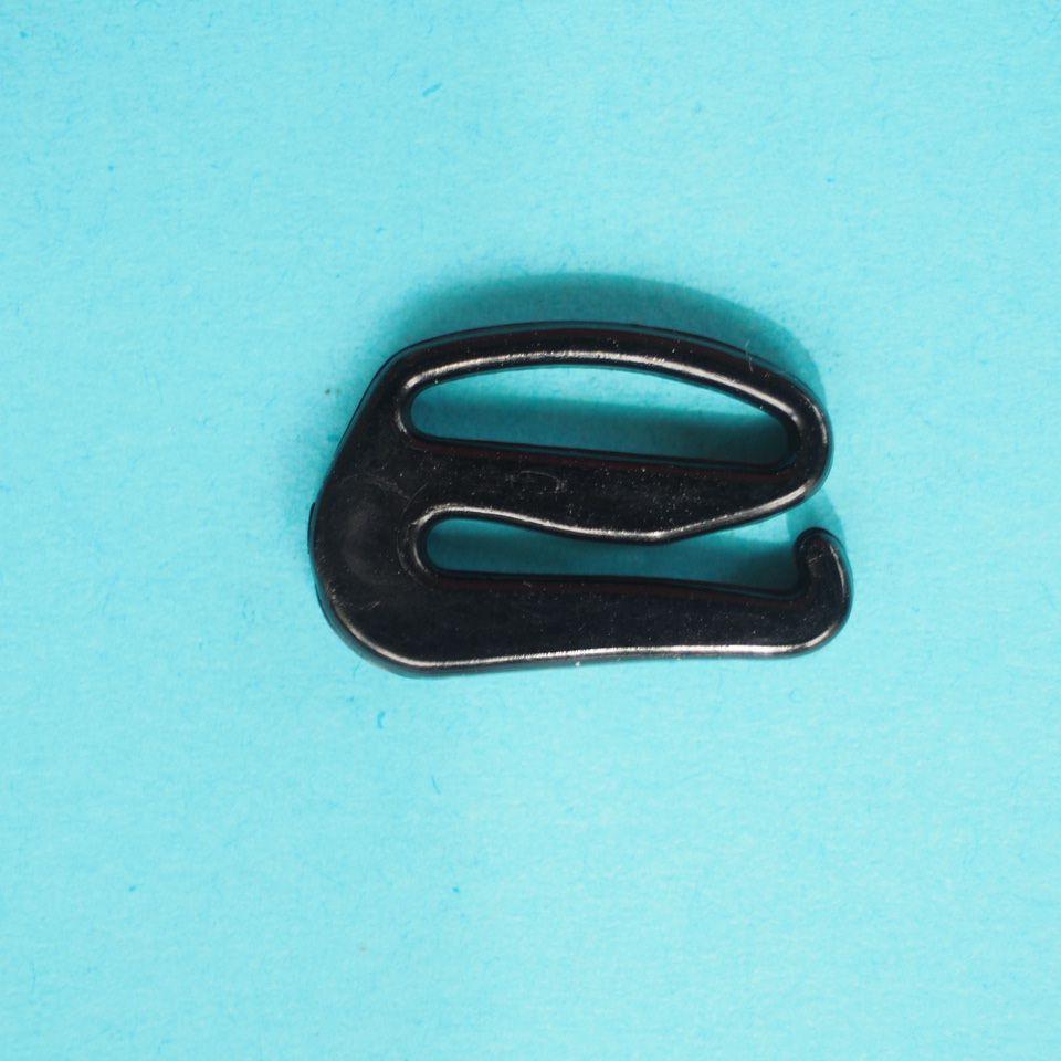 háčky plastové 12 mm, bílé a černé