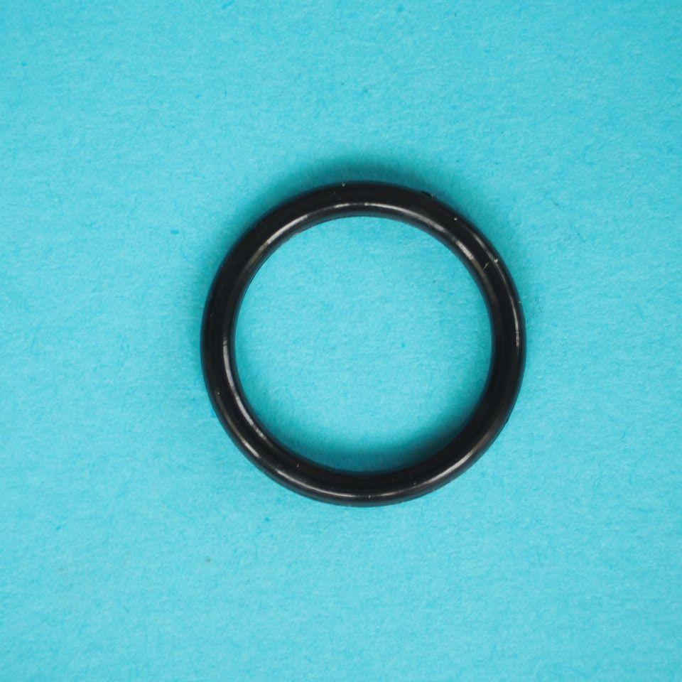 kroužek plastový vel. 13 mm bílý, černý