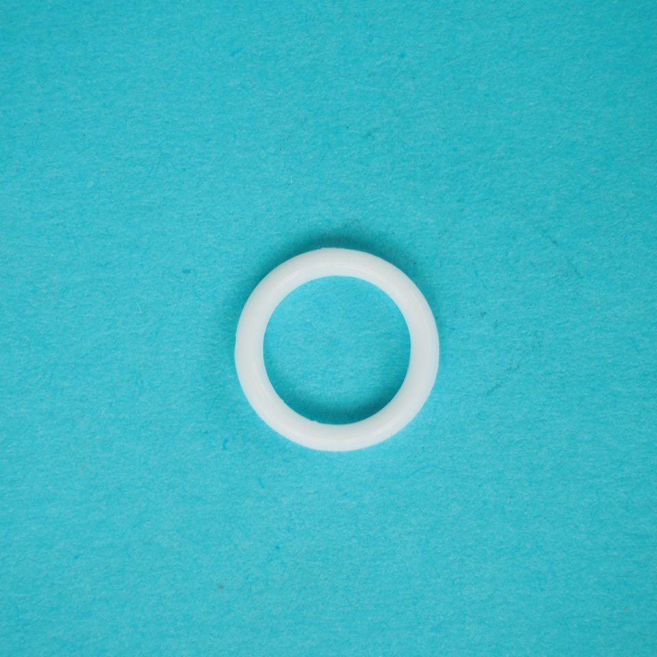 kroužek plastový vel. 8 mm bílý, černý